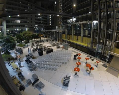 Party Rent: Zeitraffer Aufbau einer Konferenz in Frankfurt
