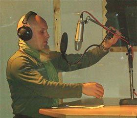 Im eigenen Tonstudio entstehen die Soundtracks zu unseren Auftragsarbeiten.