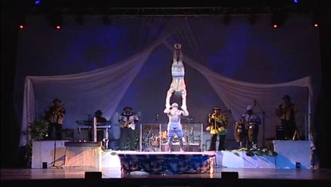 Akrobatikshow - Menschenpyramiden - Afrikashow