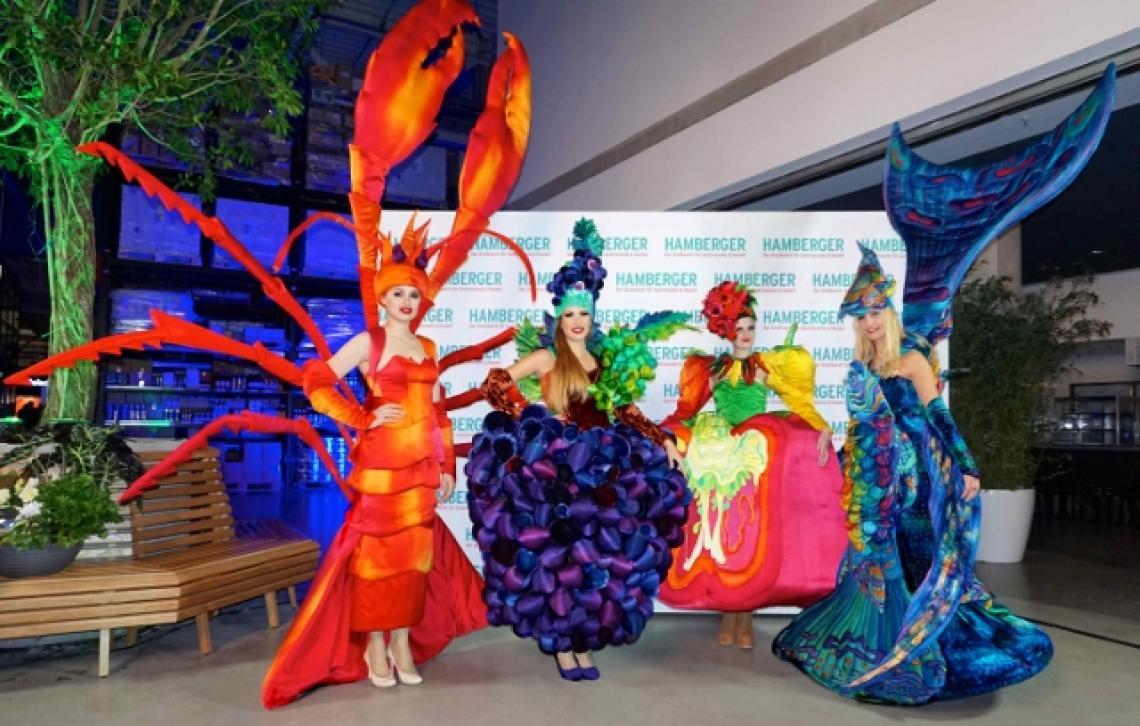 Phantasiekostüme für Walk Acts bei Food-Messen, Galas, Firmenfeiern.... Einzigartige Shows und Walk Acts - jetzt entdecken und buchen bei Sylla Events.