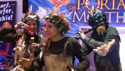 Walk-Act in Phantasiekostümen - Elfen Und Pan, Spielemesse, Fa. Amigo Spiel + Freizeit Gmbh