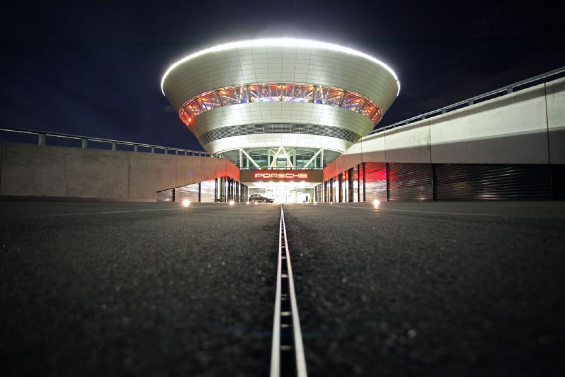 Strahlend wie ein Diamant: Das Porsche Kundenzentrum Full-Service für die Preisverleihung von assistance partner in Leipzig