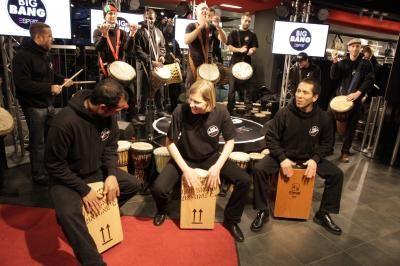 Drum Cafe unterstützte 2010 das Big Bang Projekt von Esprit ... hier im Esprit Store Berlin!