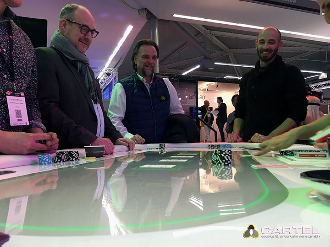 LED Casino / VEGAS EVENTS Unser LED-Poker-Tisch auf der Best of Events 2018