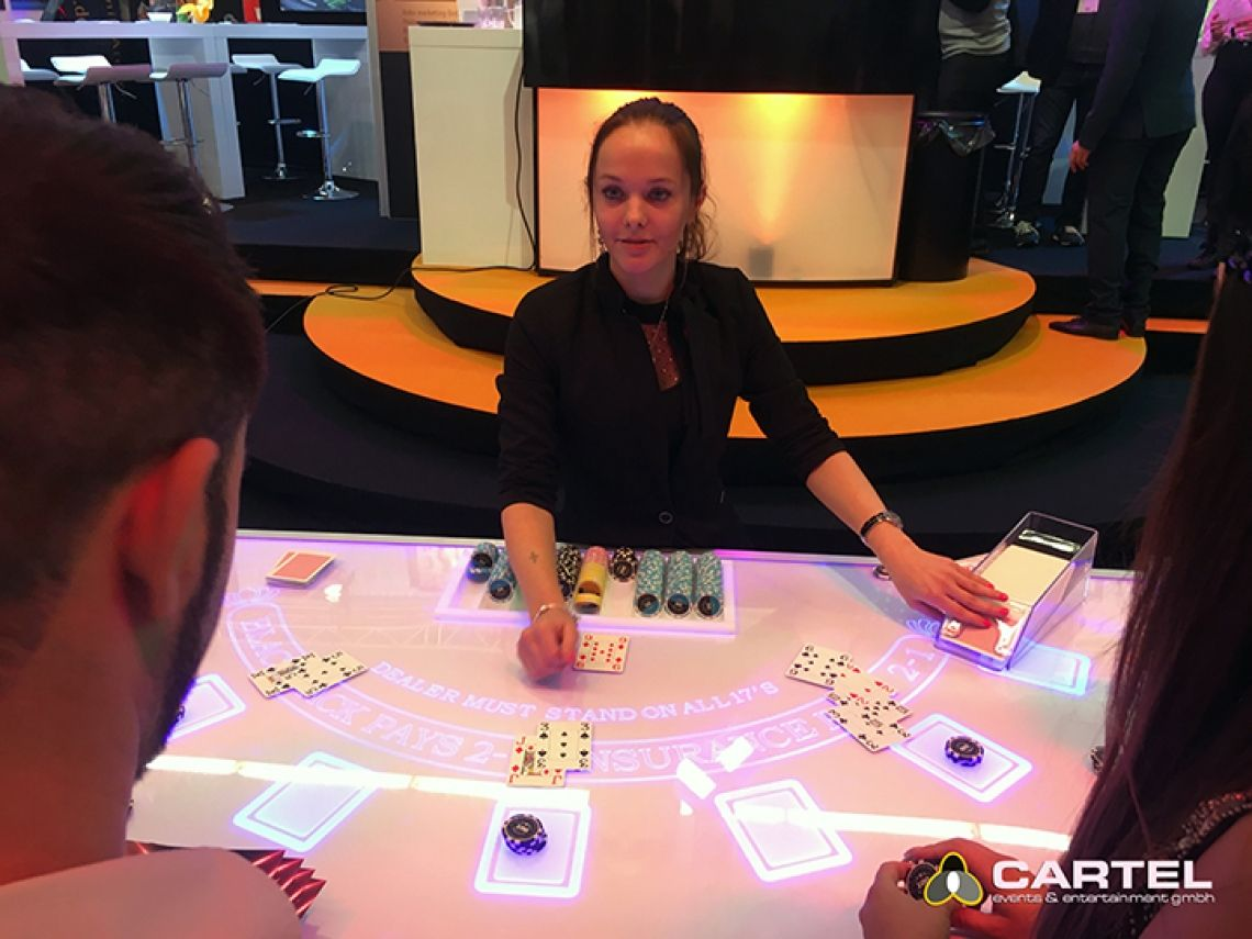 LED Casino / VEGAS EVENTS Unser LED-Black-Jack-Tisch auf der Best of Events 2018