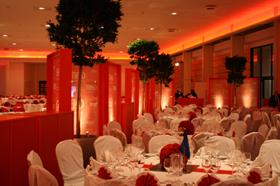 Realisierung von Events jeder Größenordnung Die Aventem GmbH ist Ihr professioneller Dienstleister für die technische und gesamtheitliche Planung und Durchführung Ihrer Veranstaltung.