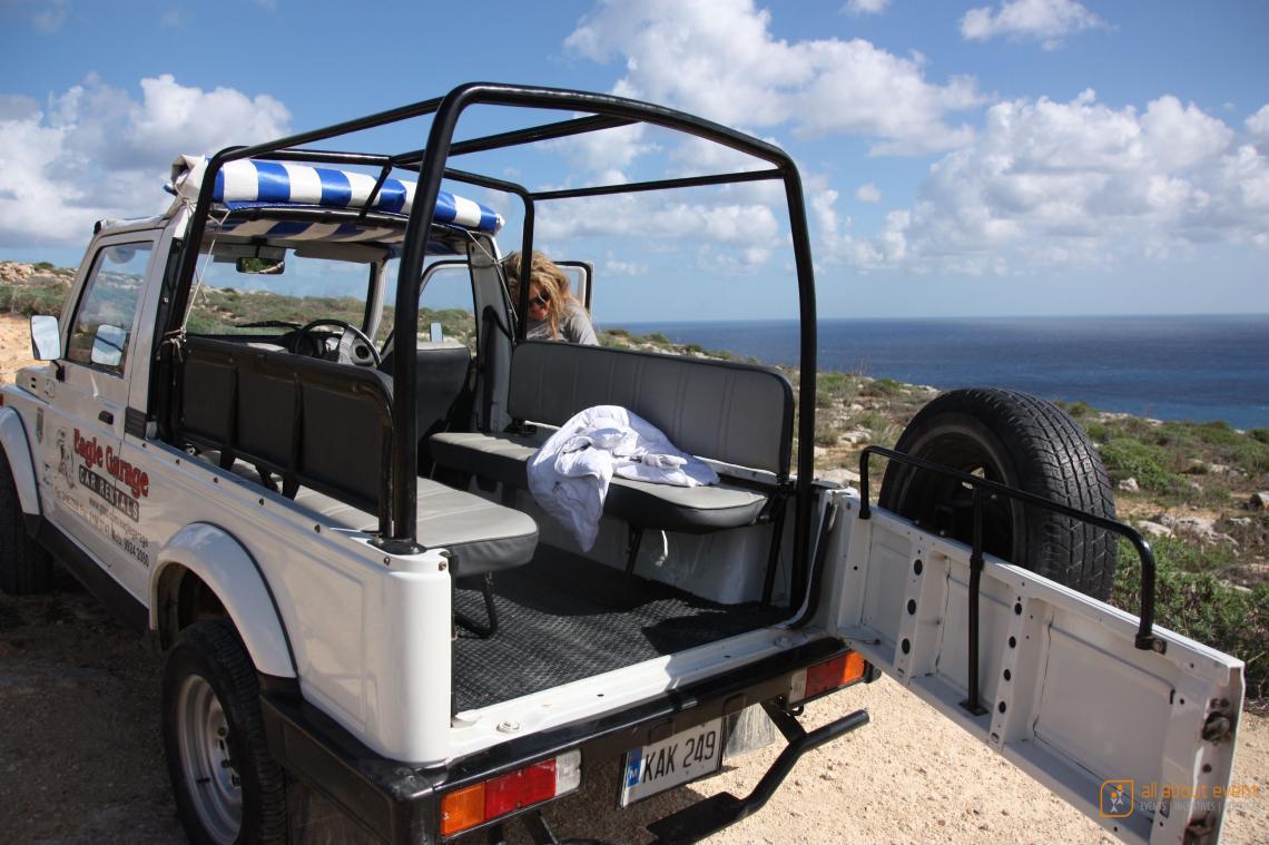 Incentivereisen, Teambuilding.    Jeep-Safaris kommen auf Incentive-Reisen bei Ihren Mitarbeitern besonders gut an.