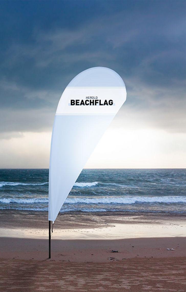 Beachflag tropfenform Viele Größen und Formen! Beachflags bieten sich für eine Präsentation am Point of Sale genauso an wie z.B. im Eingangsbereich zu Veranstaltungen oder auf der Showbühne. Tropfen- oder Segelform werden mit dem passenden Bodenelement kombiniert.