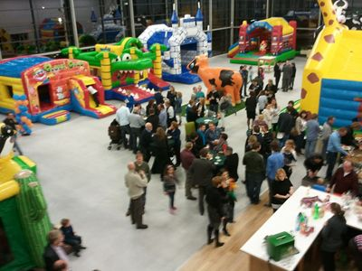 Eröffnung Showroom Huepfburgenwelt.de Eröffnung Showroom Huepfburgenwelt.de