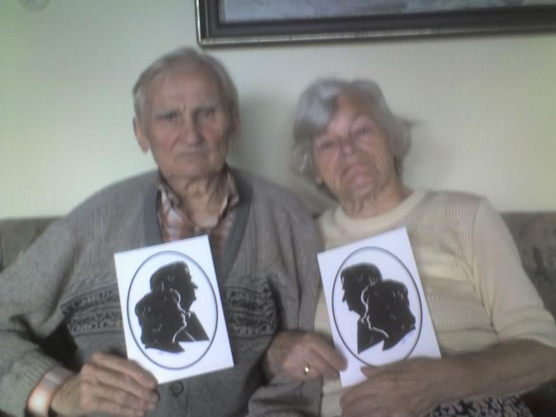Scherenschnitt-Karte mit zwei Personen Doppelporträt romantisch, das halten wir fest.