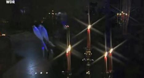 Video: Lemmi�s Leuchtkeulenjonglage
