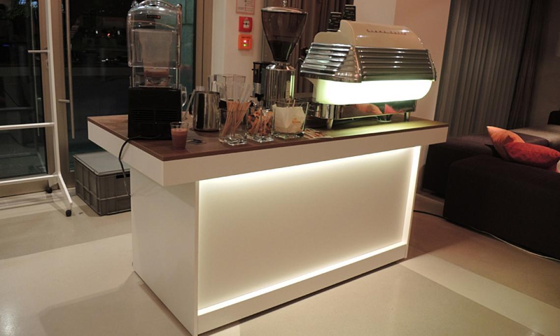 Mobiles Buffet Kaffeebar Visio - Empfänge bis 3.500 Personen