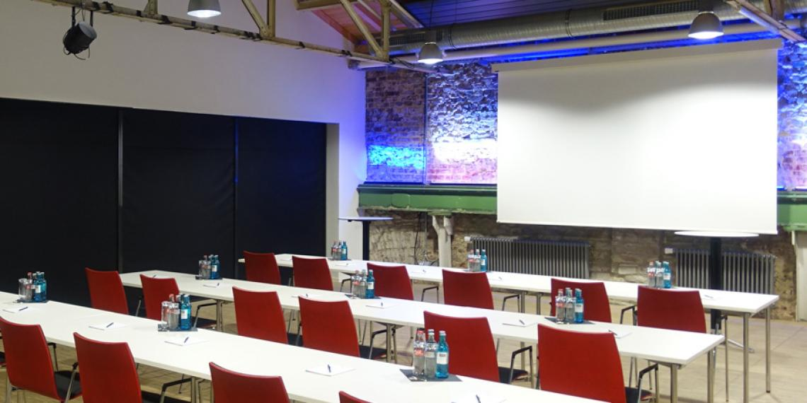 Halle 32 - Raum L & C - Tagung