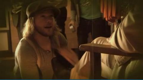 Video: Gl�nzender Auftritt