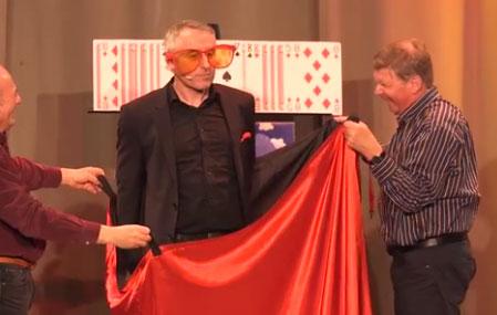Video: Zauberer Christian de la Motte