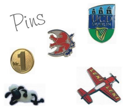 Pins Diese kleinen Anstecker aus Metall eignen sich hervorragend als Werbeträger mit einem exklusiven Touch. Der Pin ist eine zeitgemäße Werbeform mit viel Prestige und breitem Wirkungsgrad in der Bevölkerung.