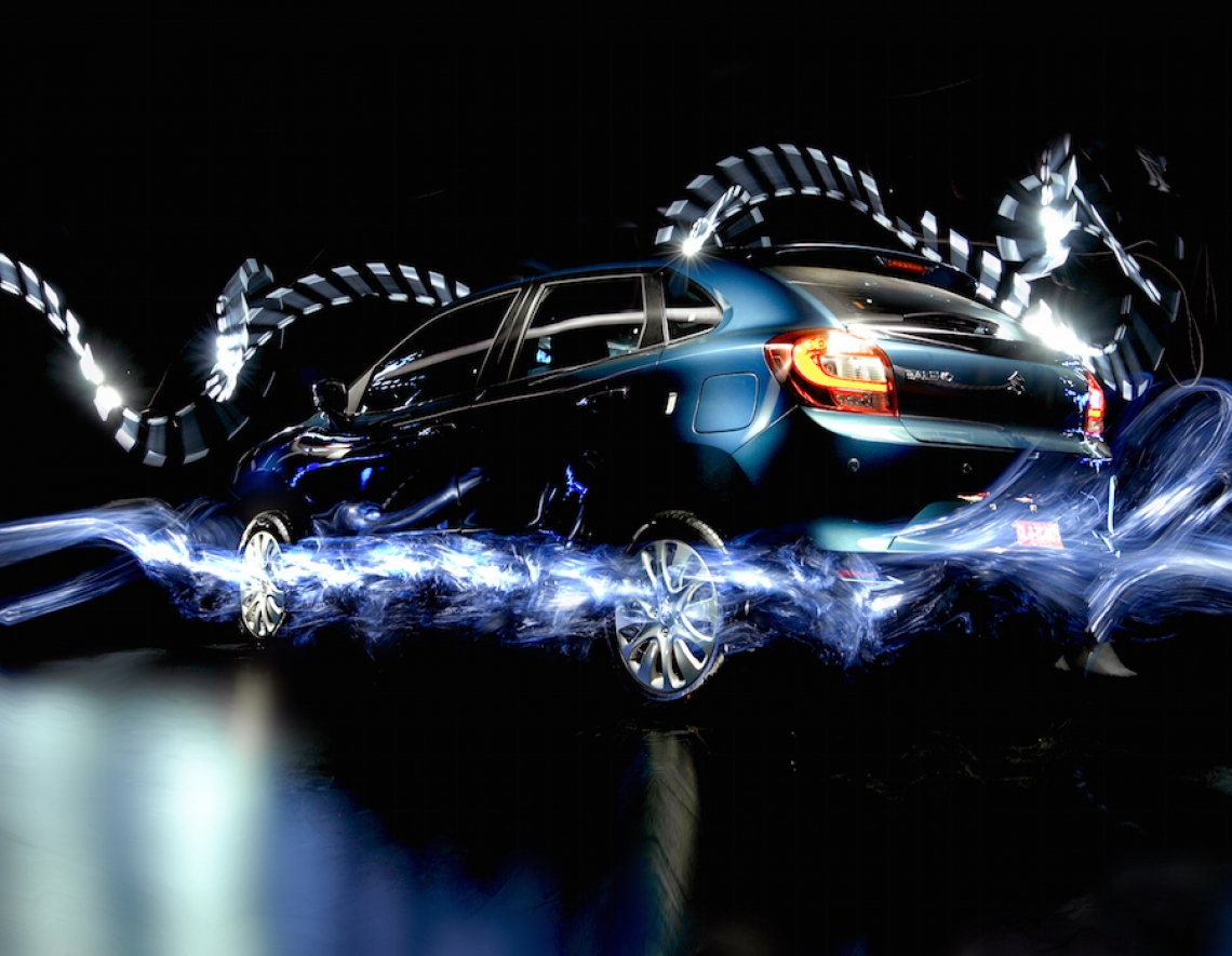 Produkt als Performer integriert - live light painting on stage