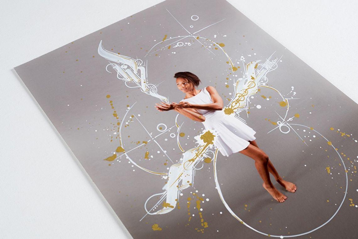 Painting on Pictures - Kreative Fotoaktion für Events Auf der Suche nach etwas Besonderem? Schau dir unsere Painting on Pictures PhotoBooth an!  Wir zeichnen auf Fotos und schaffen so persönliche und einzigartige Kunstwerke.