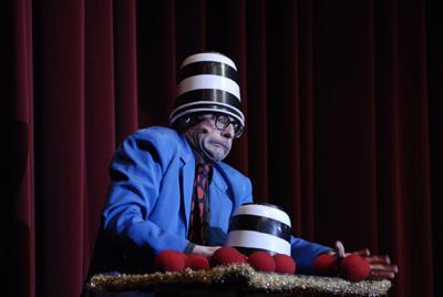 Auch auf Galas ein gern gesehener Act: Andy Clapp Je nach Veranstaltung und Raumsituation tritt Andy Clapp auch mit einem Live-Musiker auf.