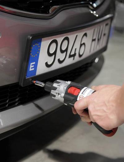 Fahrzeughandling -Car Handling. Spartakus setzt auf Genauigkeit und erledigt alle Aufgaben im Bereich Car Handling und Fahrzeugreinigung just-in-time auf hohem Qualitätsniveau.