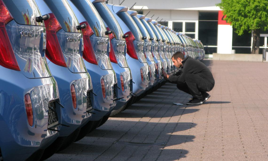 Fahrzeugpositionierung - Car Detailing.  Spartakus bietet seinen Kunden einen Full-Service im Bereich Car Handling auf fahraktiven Veranstaltungen im Automotive Bereich.