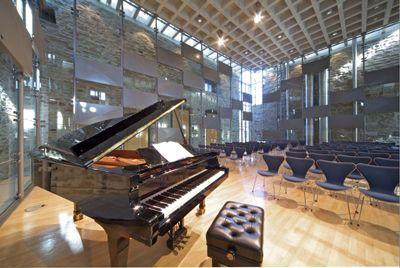 Haus Witten - Konzertsaal � Reihenbestuhlung mit Flügel