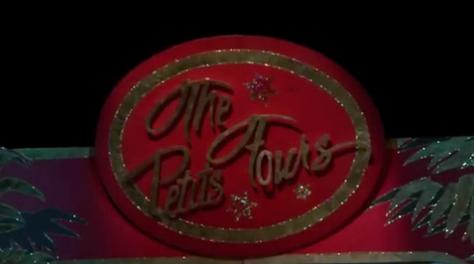 Video: Die Petits Fours