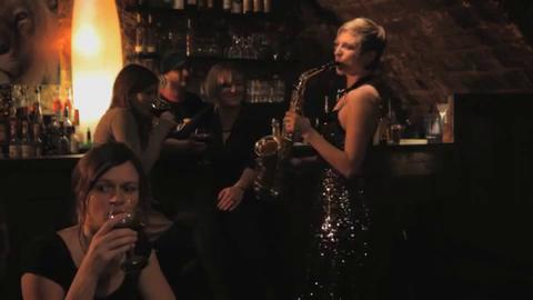 Saxophon In Der Cocktailbar