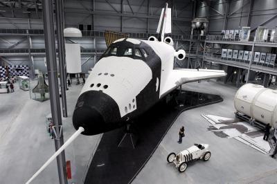 Space Shuttle BURAN Wir bieten Ihnen kulinarische Genüsse in einem individuell gestalteten Ambiente und grenzenlose Möglichkeiten, Ihre Veranstaltung zu einem echten Highlight werden zu lassen.