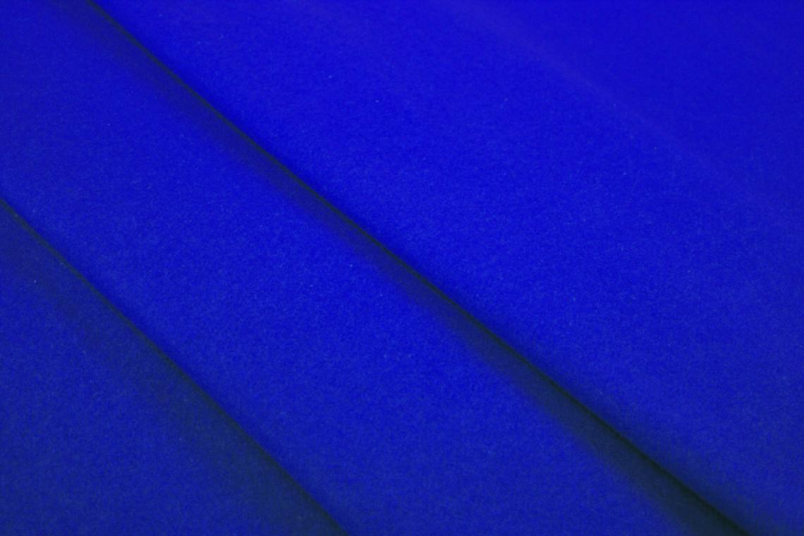 Bluescreen Meterware  für Studioarbeit Bluescreen Bühnenmolton  zur Verwendung für das Chromakey-Verfahren im virtuellen Studio. Diesen Stoff erhalten Sie bei uns als Meterware.
