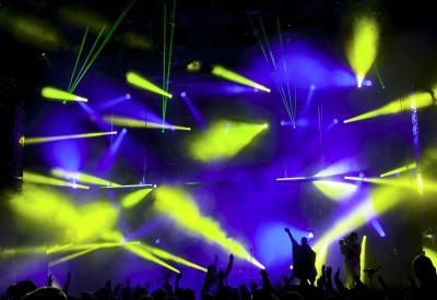Lichtshow & Tontechnik für Mitarbeiter Event