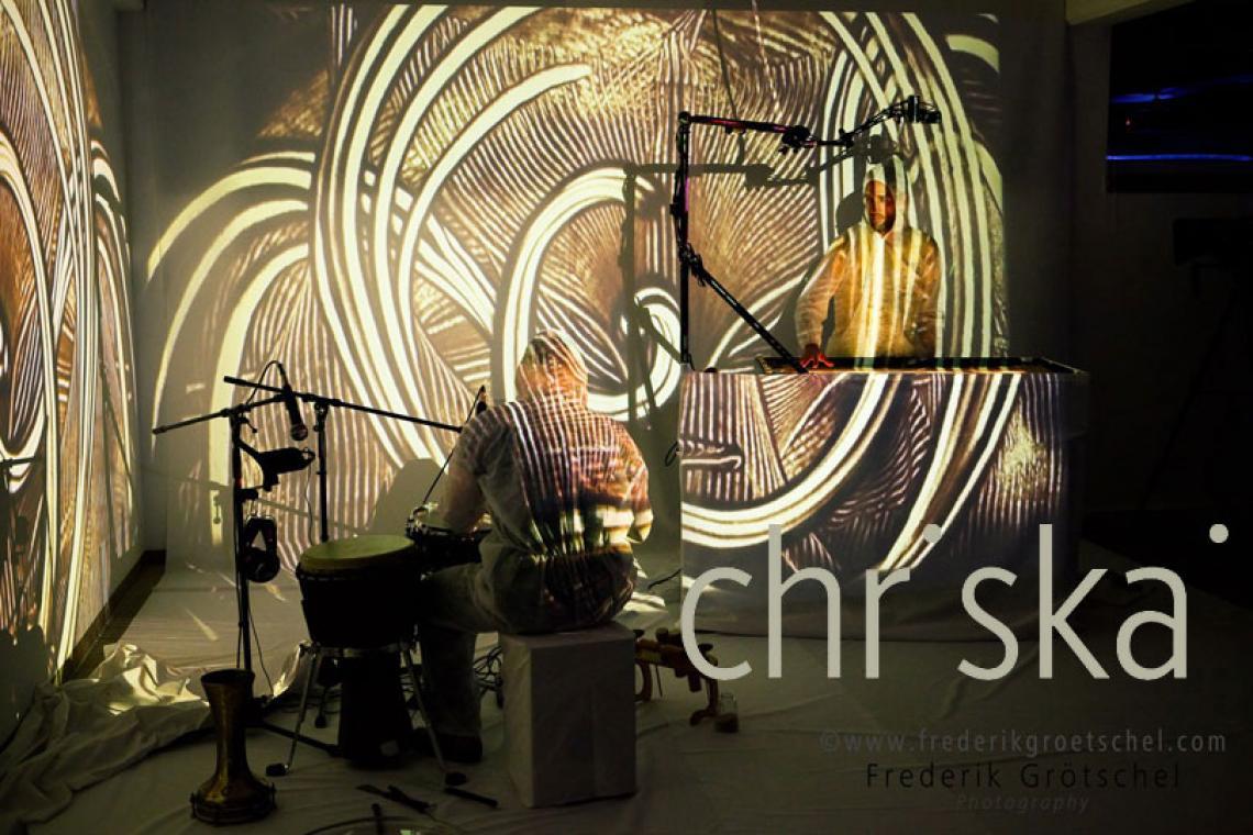 [SP]URSPRUNG, experimentelle Chill-Art-Performance.
