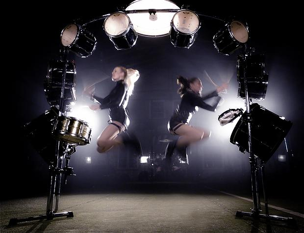 Misses Toms - Feminine Drum Show