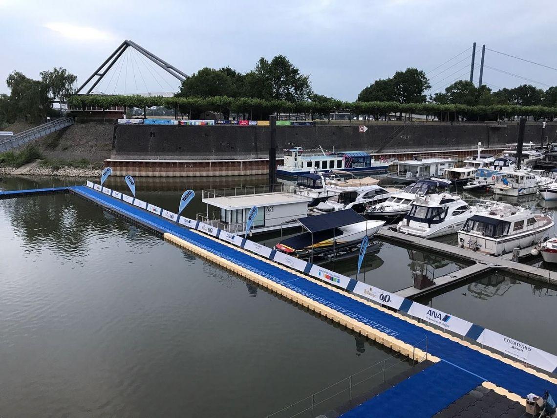 Triathlon-Europameisterschaften in Düsseldorf 2017 Im Rahmen des Triathlon-Europameisterschaften in Düsseldorf durften wir für den Veranstalter einen Startsteg aus Schwimmpontons für die Sportler liefern