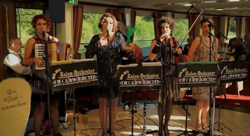Video: Das Salonorchester Die Gluehwuermchen Mosel Musikfestival 2015
