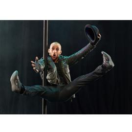 Sebastian Stamm Chinesischer Mast, Breakdance & Tricking