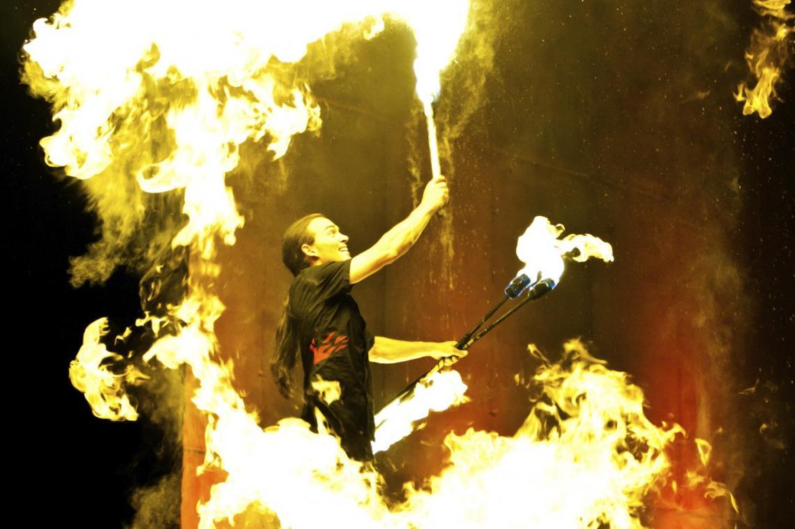 fire feuer auf der bühne