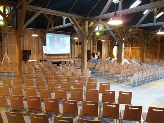 Feldscheune Innen - Plenum