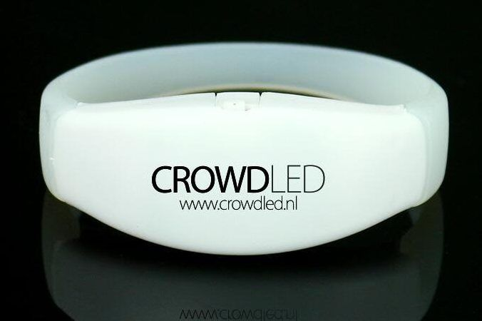 crowdLED - LED-Armbänder