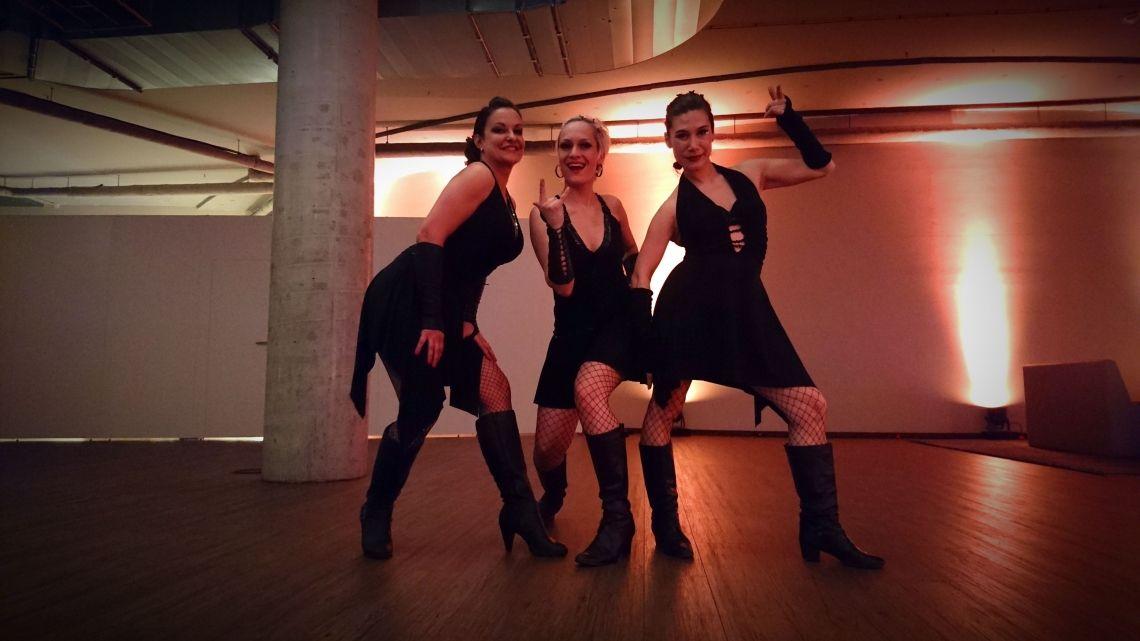 Backstage bei Sabrina Wolfram und ihrem Team Wir haben Spaß an der Arbeit :-)