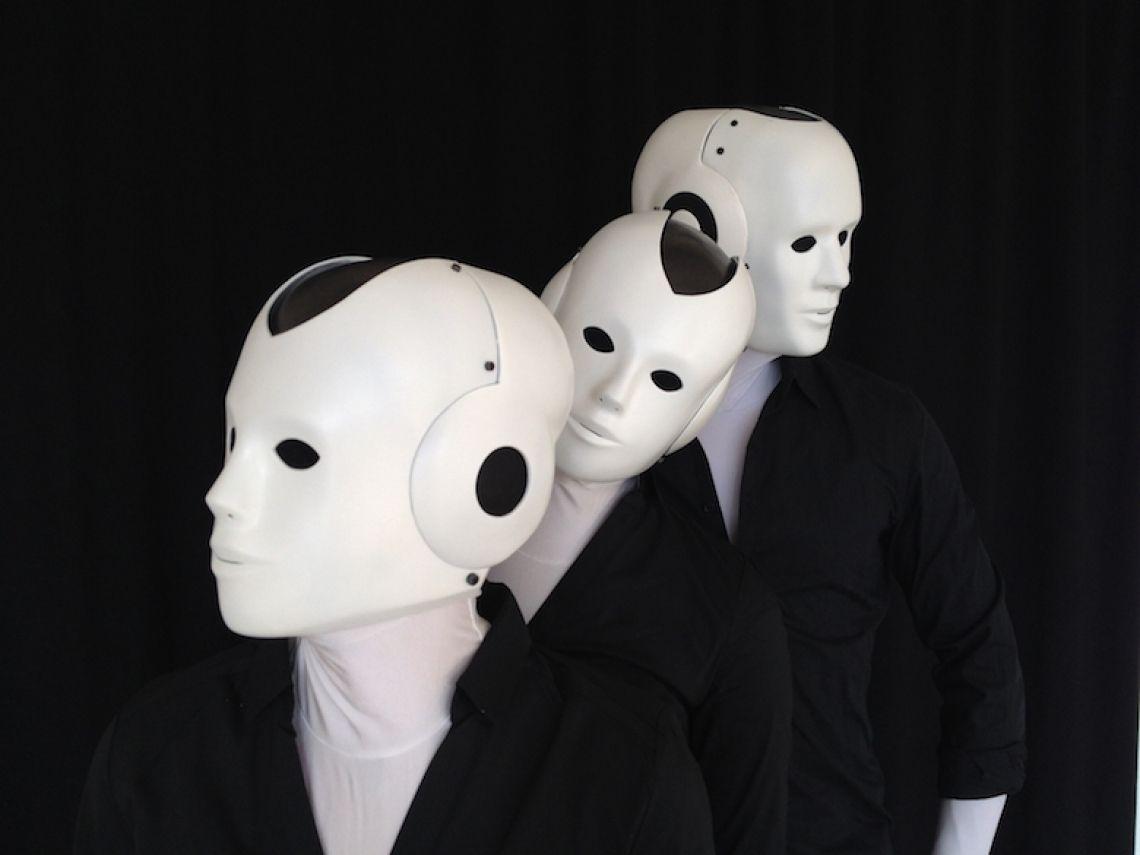 Bis zu 4 Maschinenmenschen möglich Die Sympatischen Roboter aus Berlin