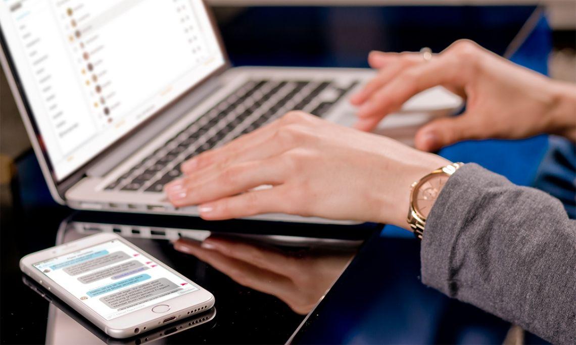 Mobile und webbasierte Software Sie haben die Wahl: Führen Sie im Büro Ihre Einsatzplanung bequem am Computer durch. Unterwegs steht Ihnen dann die Smartphone-App zur Verfügung, um Ihr Workforce-Management zu planen und zu verwalten.
