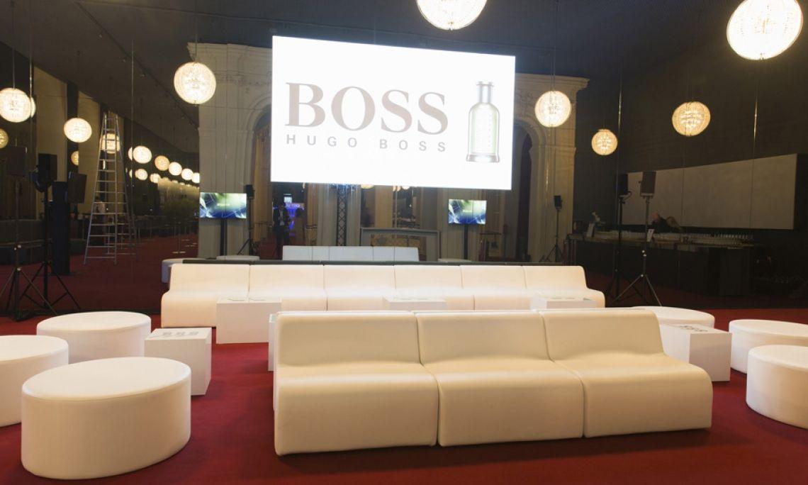 Lounge Wave Unser Loungesystem Wave ist beliebig kombinierbar und lädt Ihre Gäste zum verweilen ein.