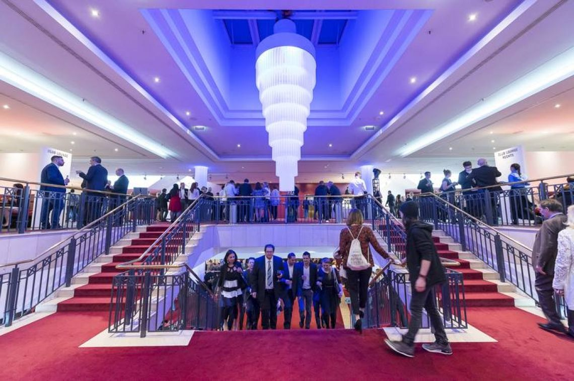 Stage Palladium Theater Foyer
