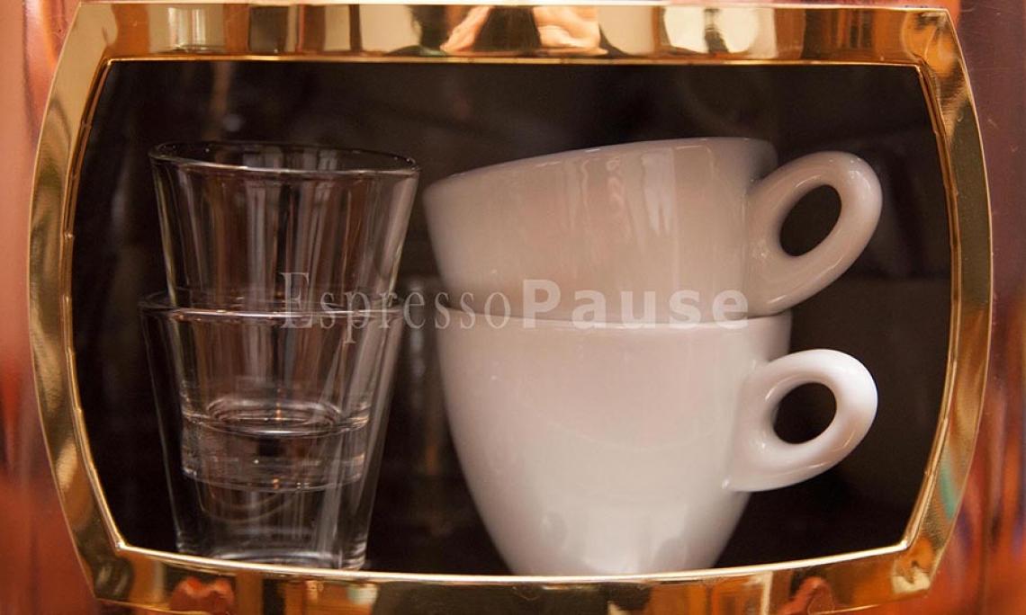 Foto: EspressoPause EspressoPause mit Niveau. Feinstes Porzellan & Espresso im Glas. Geschirrverleih. Von der privaten Feier bis zum Großevent mit mehreren hundert Gästen.