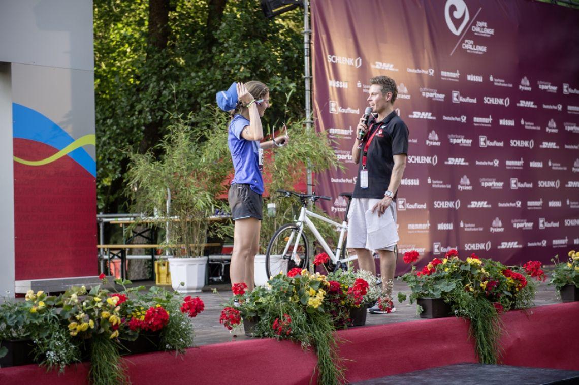 ©Challenge for-All / Junior Challenge Rothe Moderation des Zielbereichs beim Triathlon Challenge for-All 2017 in Roth.