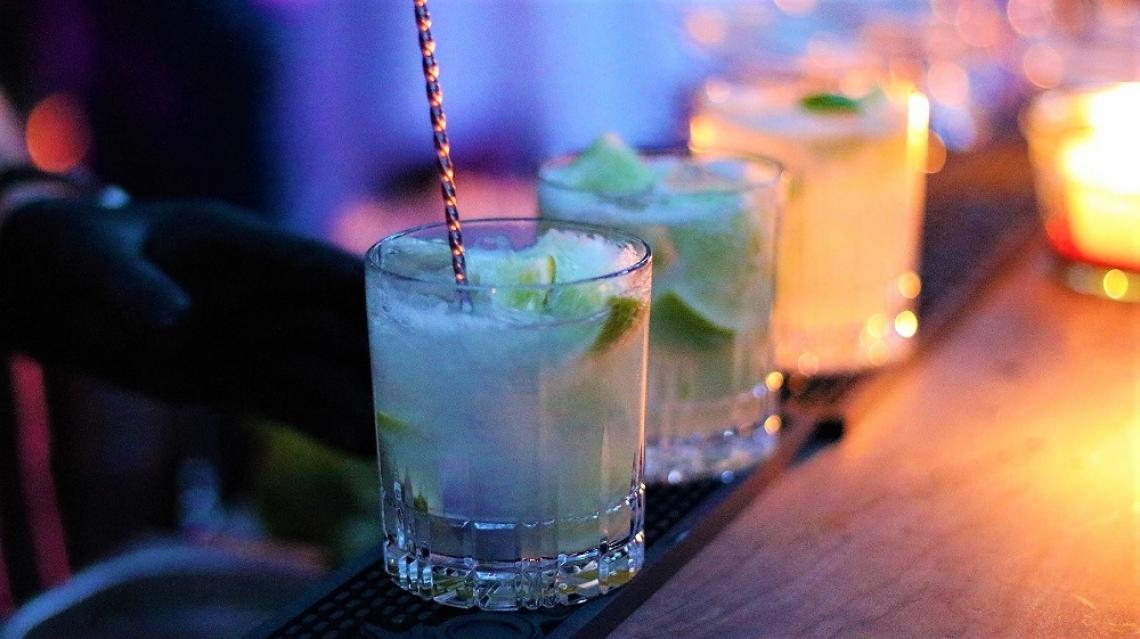 Cocktail-Kreationen Jeder Drink ist ein Einzelstück und wird von professionellen Bartendern zubereitet.