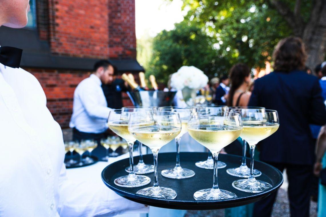 Champagner Empfang an der Kulturkirche Altona