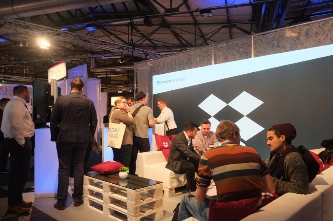 hub.berlin Bei der größten Konferenz für digitale Macher in Berlin, unterstützten wir Dropbox bei einer Marketingaktion.