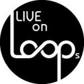 Live on Loops DJ plus Live Musiker wie Sängerin, Saxop